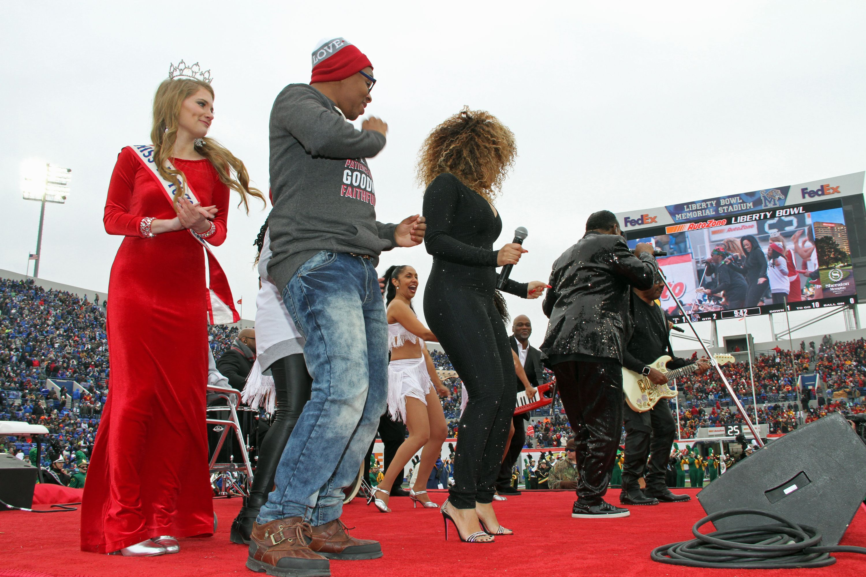 News and Events - America's Homecoming Queen